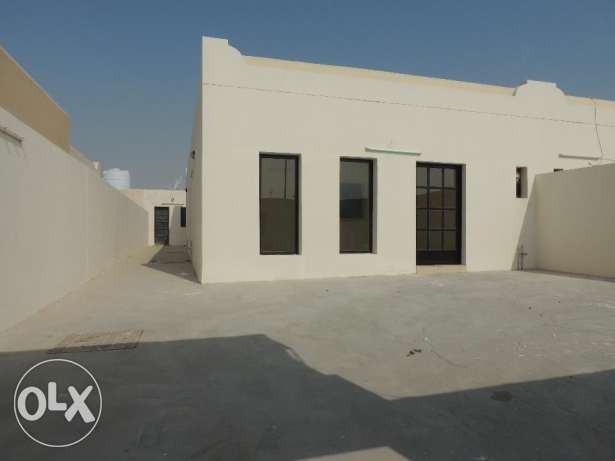 separate villa for rent on North Road area al sakhama