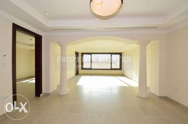Luxurious and Spacious 2 Bedroom Town House in The Pearl