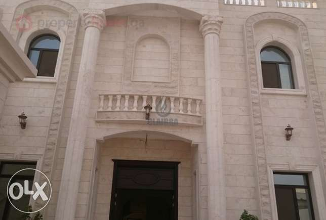 TODAY!! DEAL!!! Spectacular villa for sale in Abu Hamour