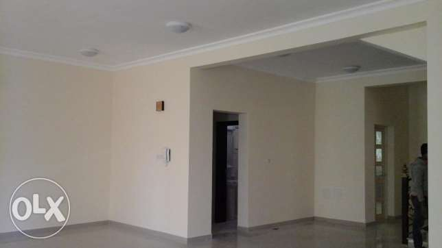 3BHK Excellent single floor 5 Villa compound for rent one company 70k