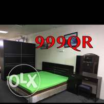 Bedroom set selling Compleat(((