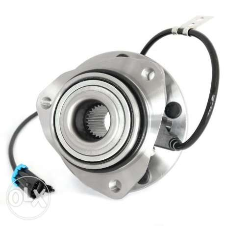 Ford Explorer wheel hub with bearing