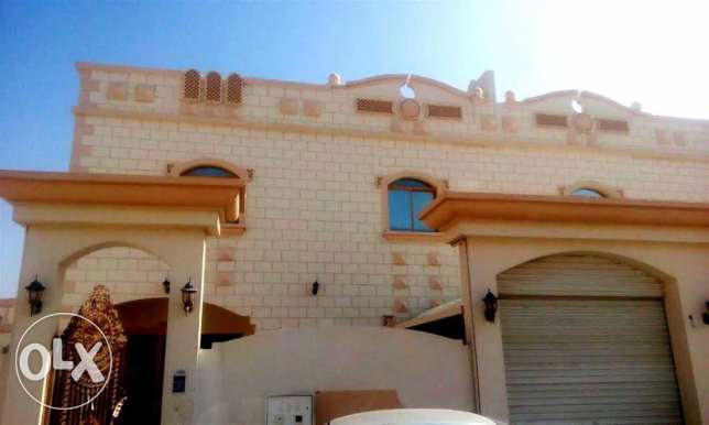 very big 6 bed villa for family or ladies staff in ain khaled
