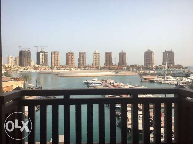 Luxury 2 bedrooms apartment fully furnished . The Pearl