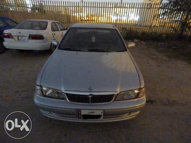 Automatic Nissan Sunny 2000 model for immediate sale