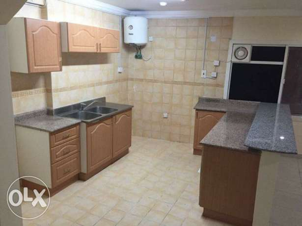 Unfurnished 2-Bedrooms Flat in AL Sadd -QR, 5500 السد -  4