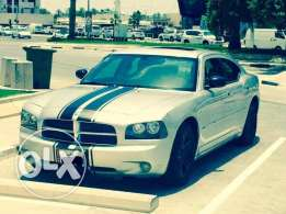 Dodge Charger V 8 Hemi RT 2006 (full option )