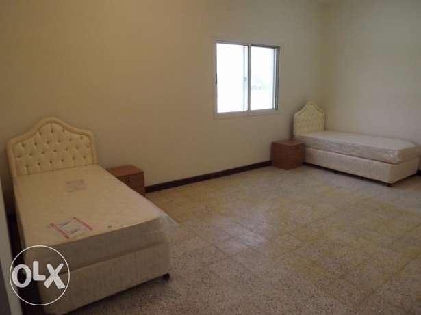 Fully furnished bed space avaliable at Hilal area near Shafeer center
