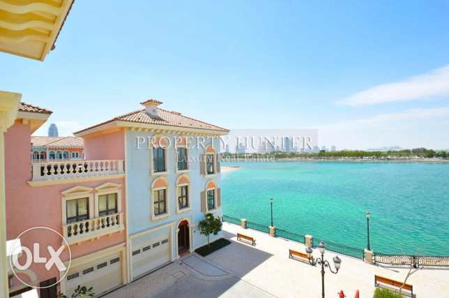 Relaxing 3 Bed Town House with Sea View
