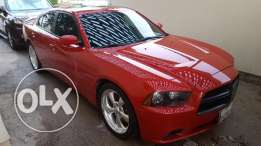 Dodge Charger R/T 5.7L V8 Fully loaded 2013 Only 43.000km Like new