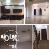 5Br villa for rent in AL SAKHMA