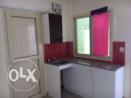 studio room available for family or single exective bachlr in thumama