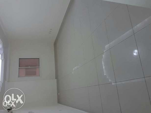 &UNFURNISHED 3bedroom flat in alsad