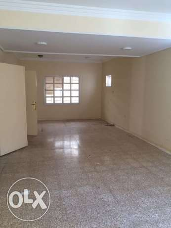 Unfurnished 3-Bedrooms Villa in Fereej Bin Mahmoud-QR.13000 فريج بن محمود -  3