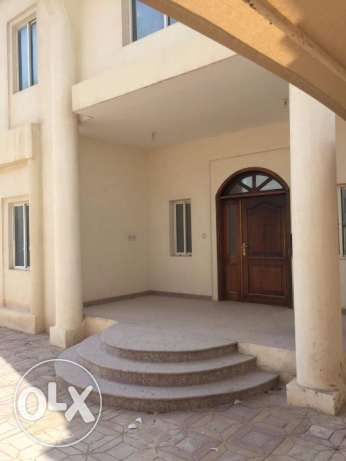 09BHK villa -- =Muaither For Company Executive Staff/ Ladies