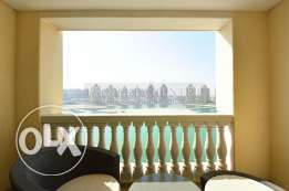 Capacious 2 Bedroom Apartment with nice overlooking view of Marina