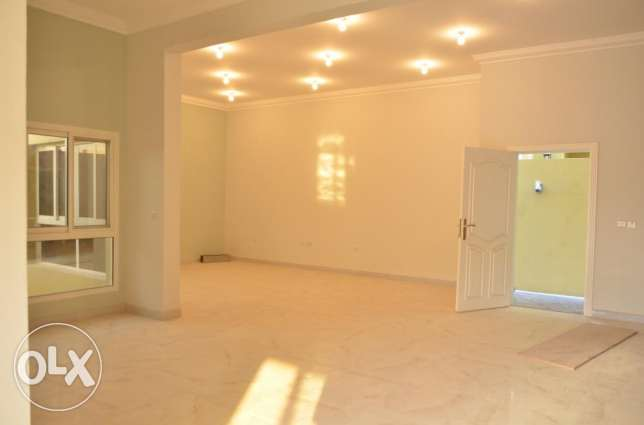 Semi commercial villa for rent in Ainkhalid