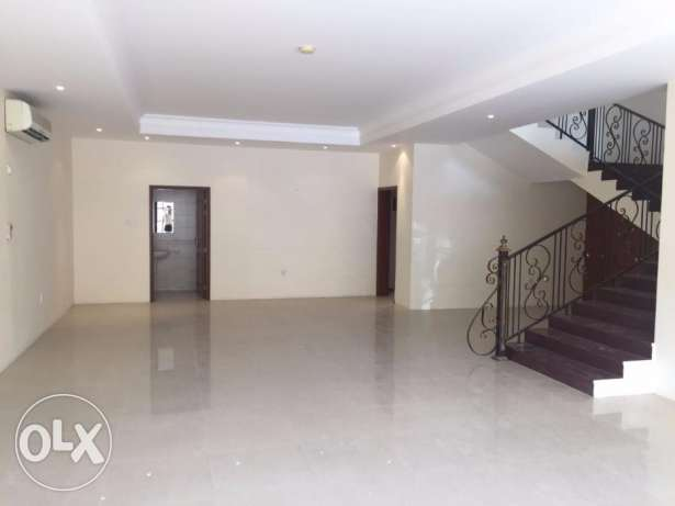 12000/- 03 BHK &04+1bhk UF Villa DUHAIL(Semi Furnished) now 4 rent