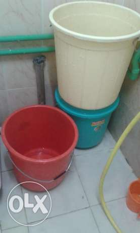3 newly purchased plastic buckets