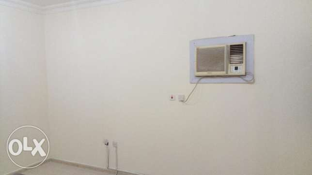2 bedroom flat madina kaleefa