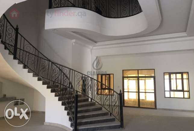 Introducing!! Marvelous villa with pool and elevator in Al Dafna