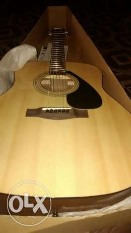 Yamaha F310 Acoustic guitar imported عين خالد -  1