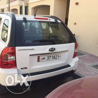 Kia Sportage 2009 Low Mileage 57,000KM الغرافة -  3