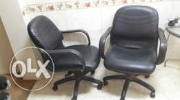 2 x office chairs in good conditions
