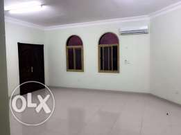 Staff housing independent villa in Al Gharafa with A/C