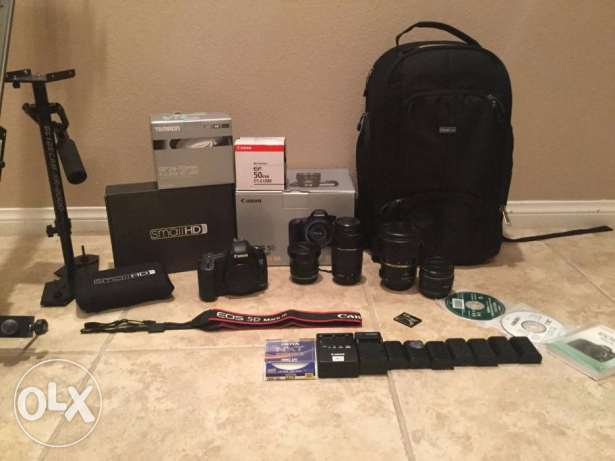 Canon Camera EOS 5D mark iii with box and full lens