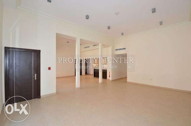 For sale 3 bed duplex in Qanat Quartier الؤلؤة -قطر -  3
