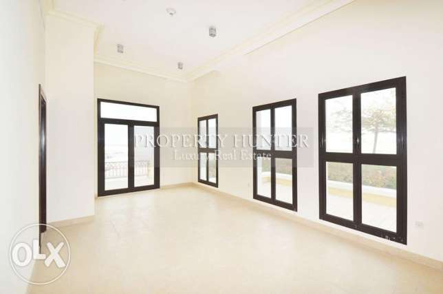 Classy 3 Bed Town house in Qanat Quartier