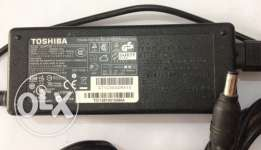 toshiba laptop charger 19v