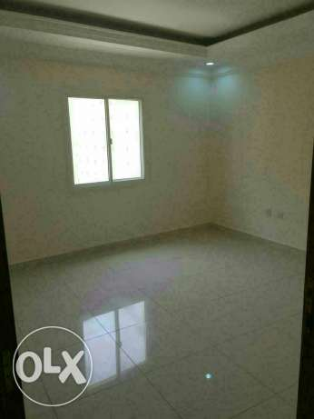 Unfurnished 3B/R flat in al sadd السد -  2
