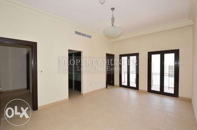 Two bedrooms massive townhouse with nice views الؤلؤة -قطر -  4