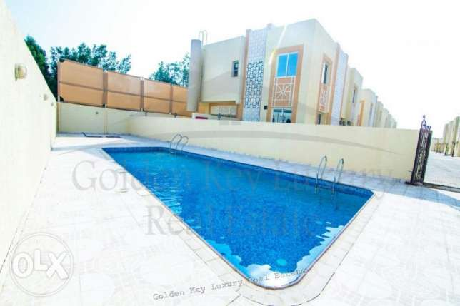 Villas 2 Bedrooms in Compound in Al-Gharafa