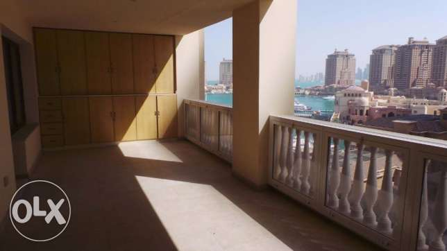 semi furnished 2 bedroom apartment for rent