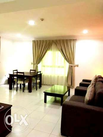for executive bachelors..3 bedroom f/f apartment in najma