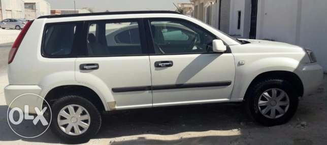 Perfect Condition White Nissan Xtrail