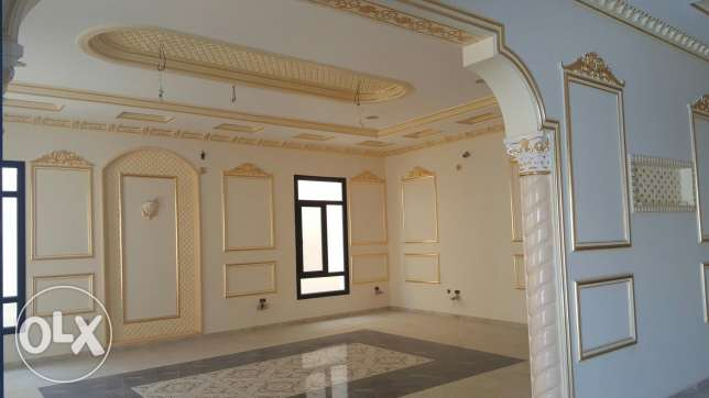 Luxurious 6 bedroom brand new Villa for sale عين خالد -  1