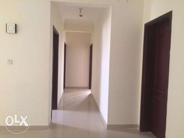 2-Bedroom- Unfurnished Apartment In Old Airport -Spacious-