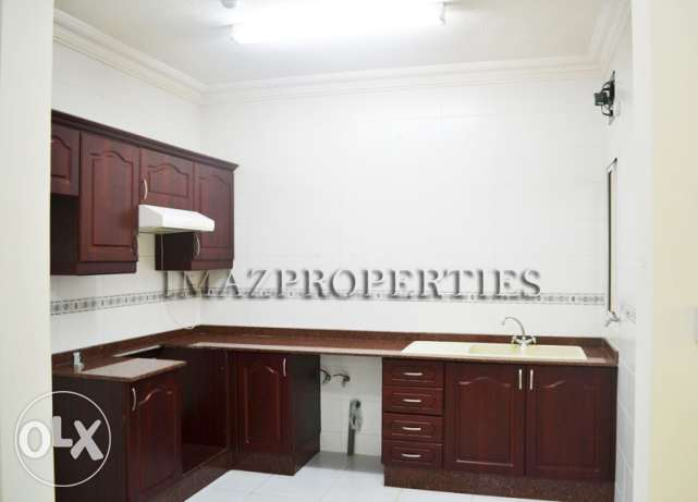 2BR-3BR Unfurnished Apartment for Rent فريج بن محمود -  4