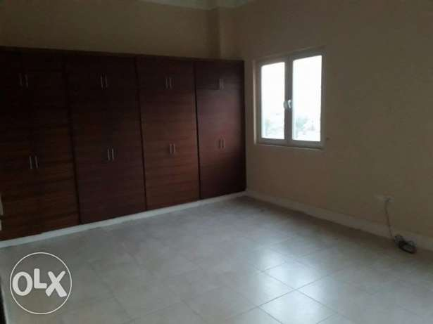 Compound villas for rent - 5BR at abu hamour.
