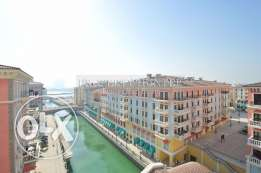3 bedrooms with canal view apartment in QQ