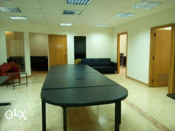 clean 6 rooms large office space in c-ring road