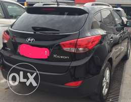 Hyundai Tucson 2WD 2012 MODEL 27000km ,Excellent condition Interested