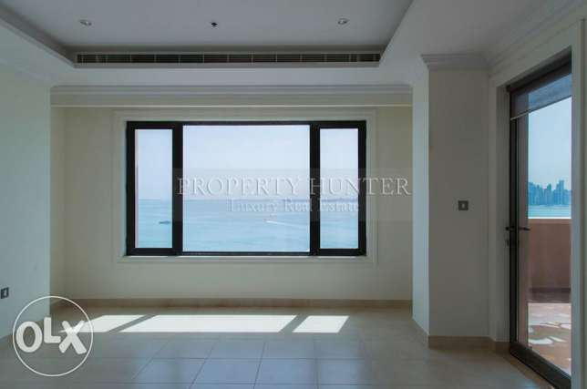 Full Sea view 2 Bedrooms Prime Apartment الؤلؤة -قطر -  3