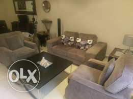For Sale sofa set and coffee table good condition