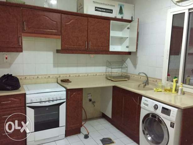 Unfurnished Nice 3-Bedrooms Apartment in AL Nasr + Gymanisium النصر -  6