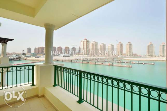 Spacious Town Home with Direct Marina View